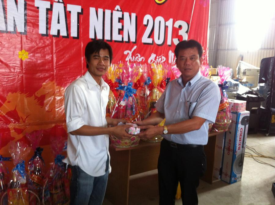 Liên hoan tất niên kết thúc năm 2013