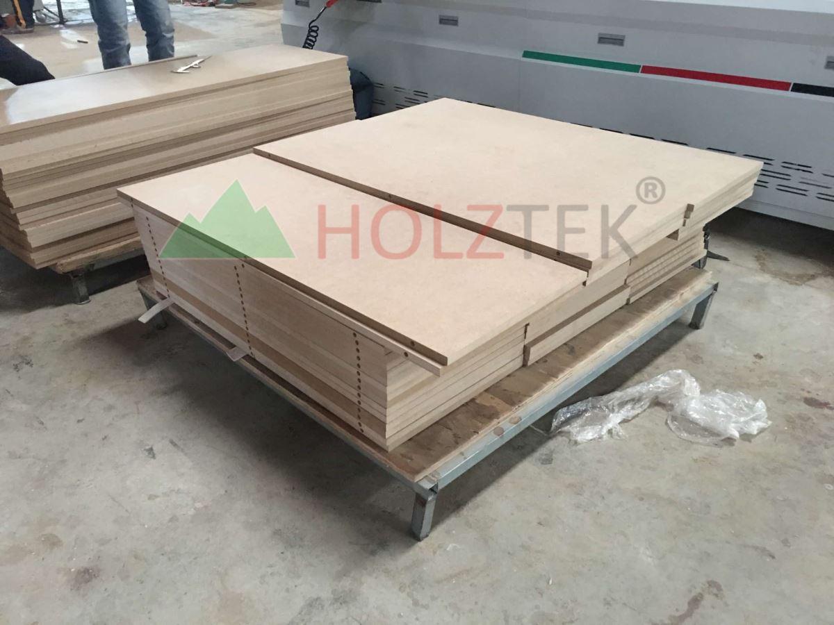 MÁY KHOAN NGANG CNC 2500MM (định vị hồng ngoại) 782